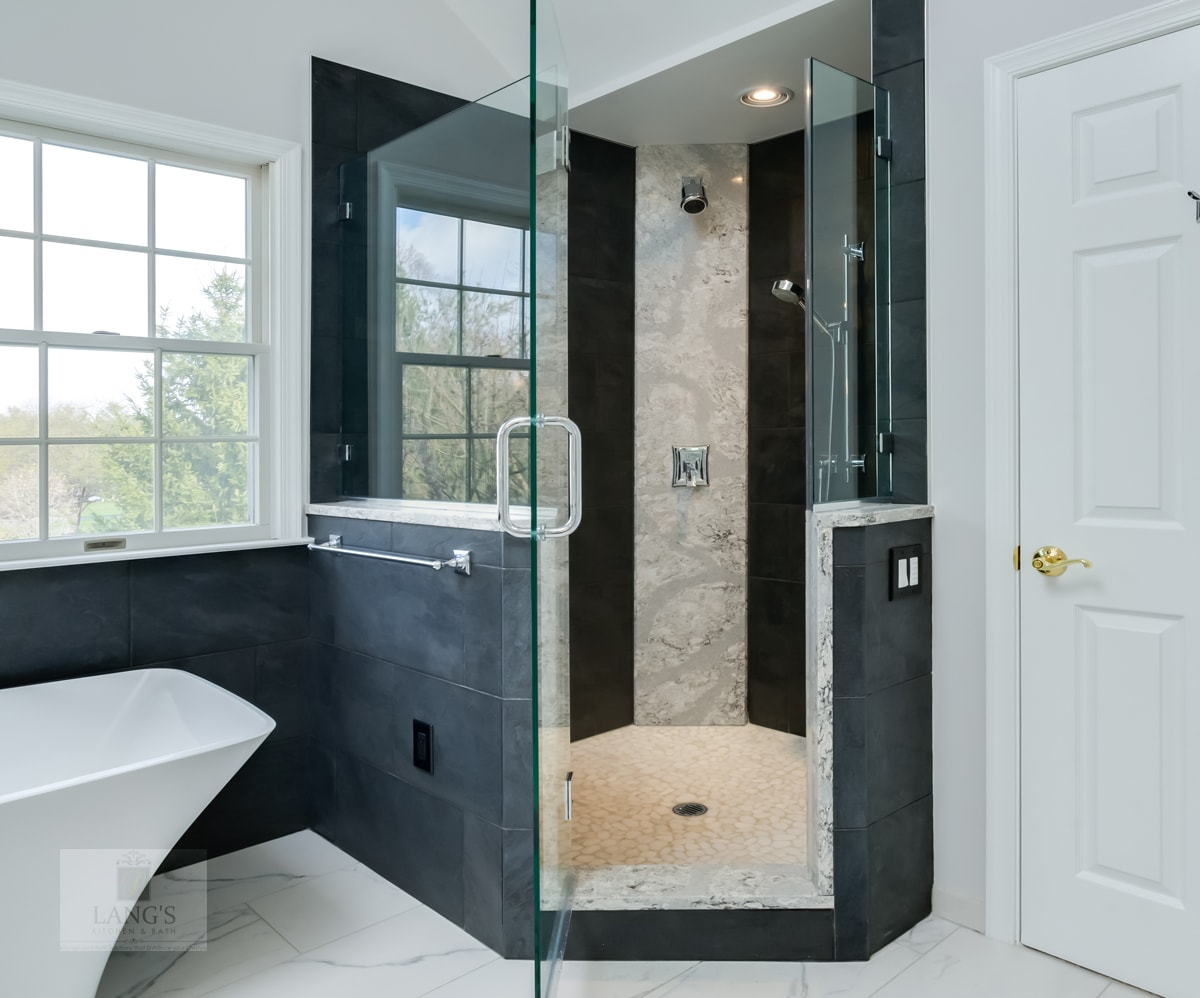 shower design with frameless glass door