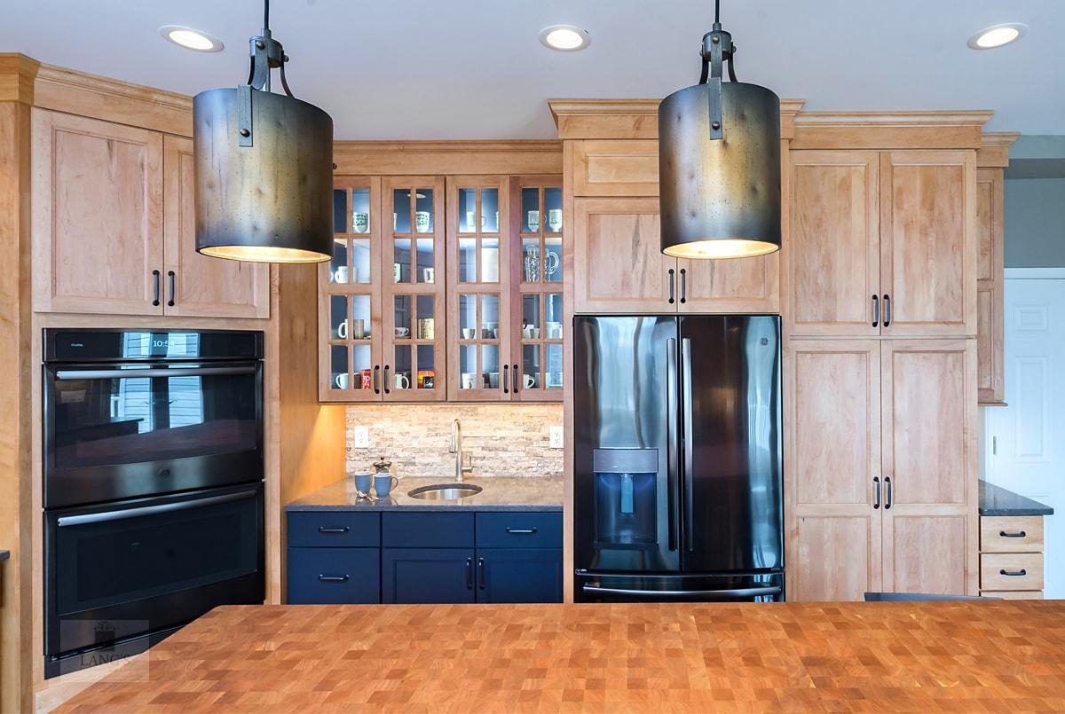 kitchen design with black appliances