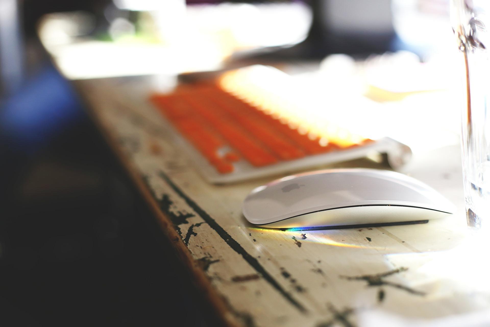 start up desk