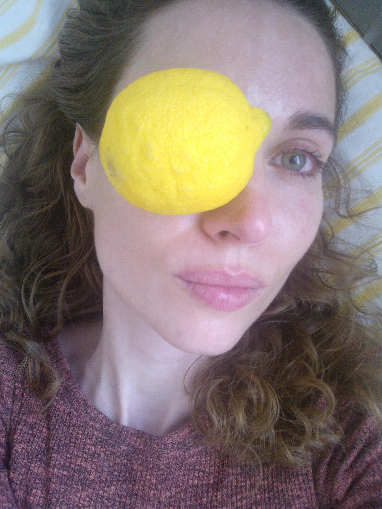 nie, to nie je photoshop, fakt mám citrón na oku. .