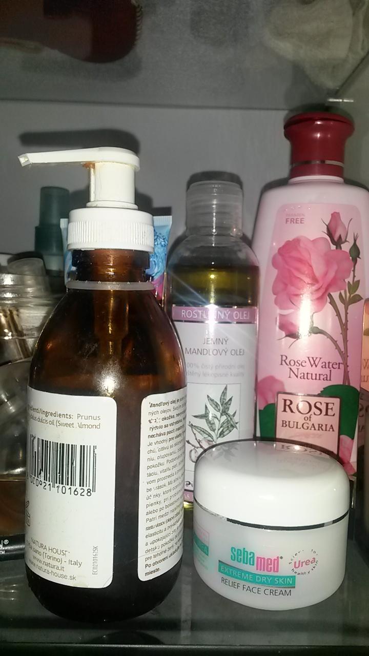 DIY jablčno-octový toner, olej, ružová voda