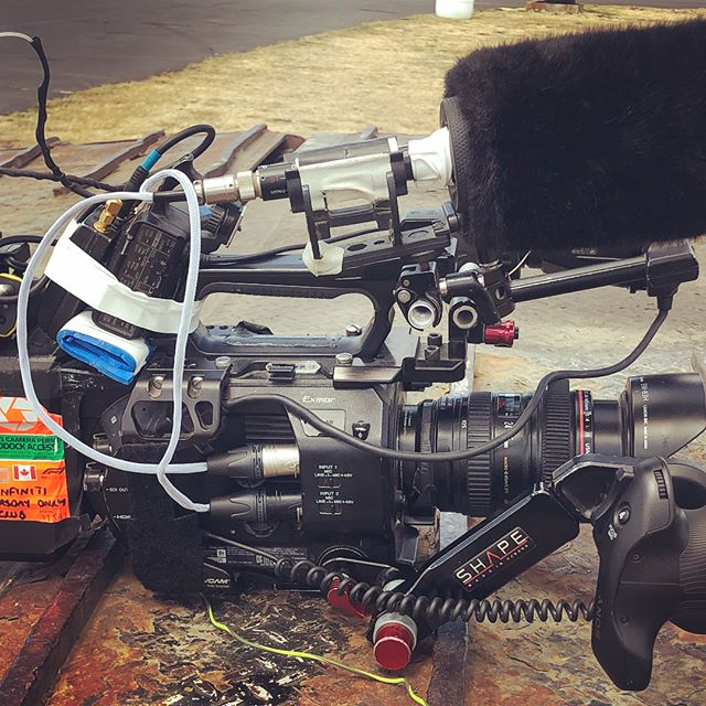 The Sony Fs7 one man band set-up. Complete with stereo mic, two channel wireless, zacuto eye piece, shape handle and le piece de resistance, a custom designed content crystal.