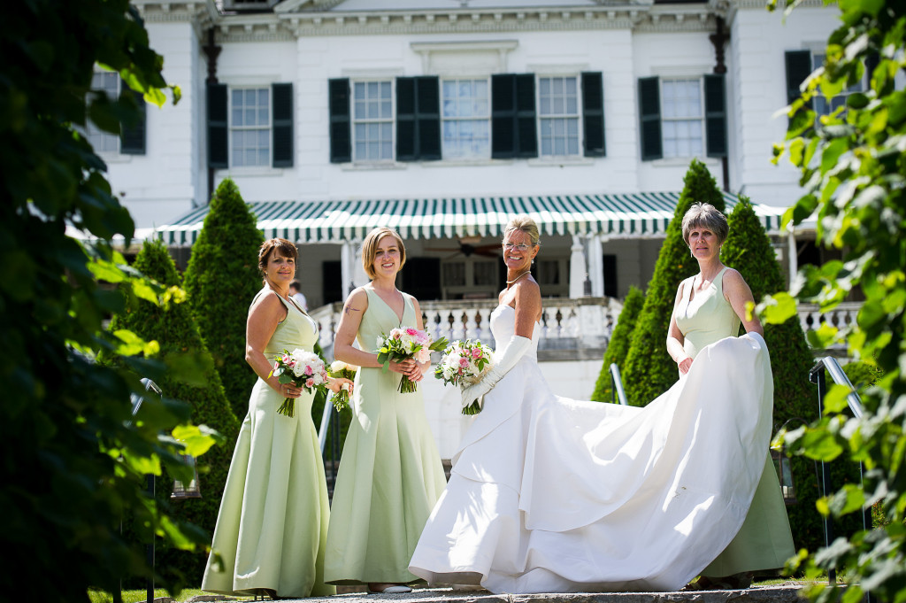 4.-Kathy-and-Bridesmaids-pre-wedding-on-top-of-stairs-1024x681.jpg