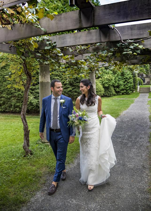 a20160910-172231a - Tanglewood - Rosenthal Nayer Wedding - Family Portraits - Julia Bennett.jpg