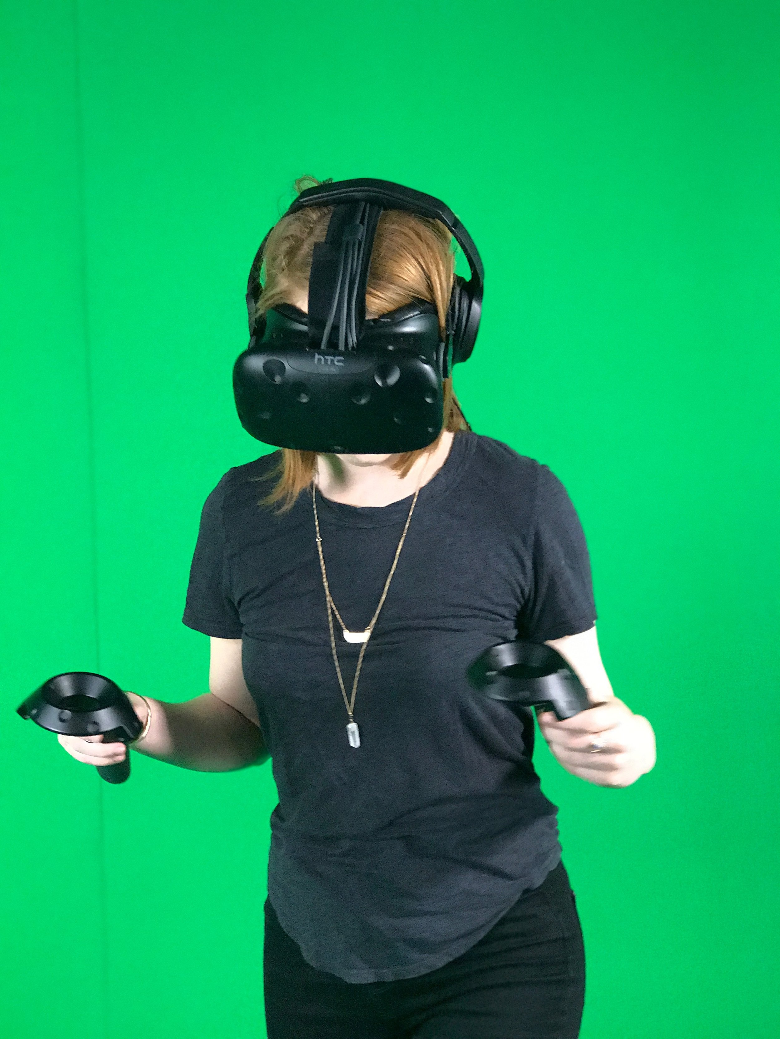 Director, Roxy Hunt, operating the wide angel in VR space.