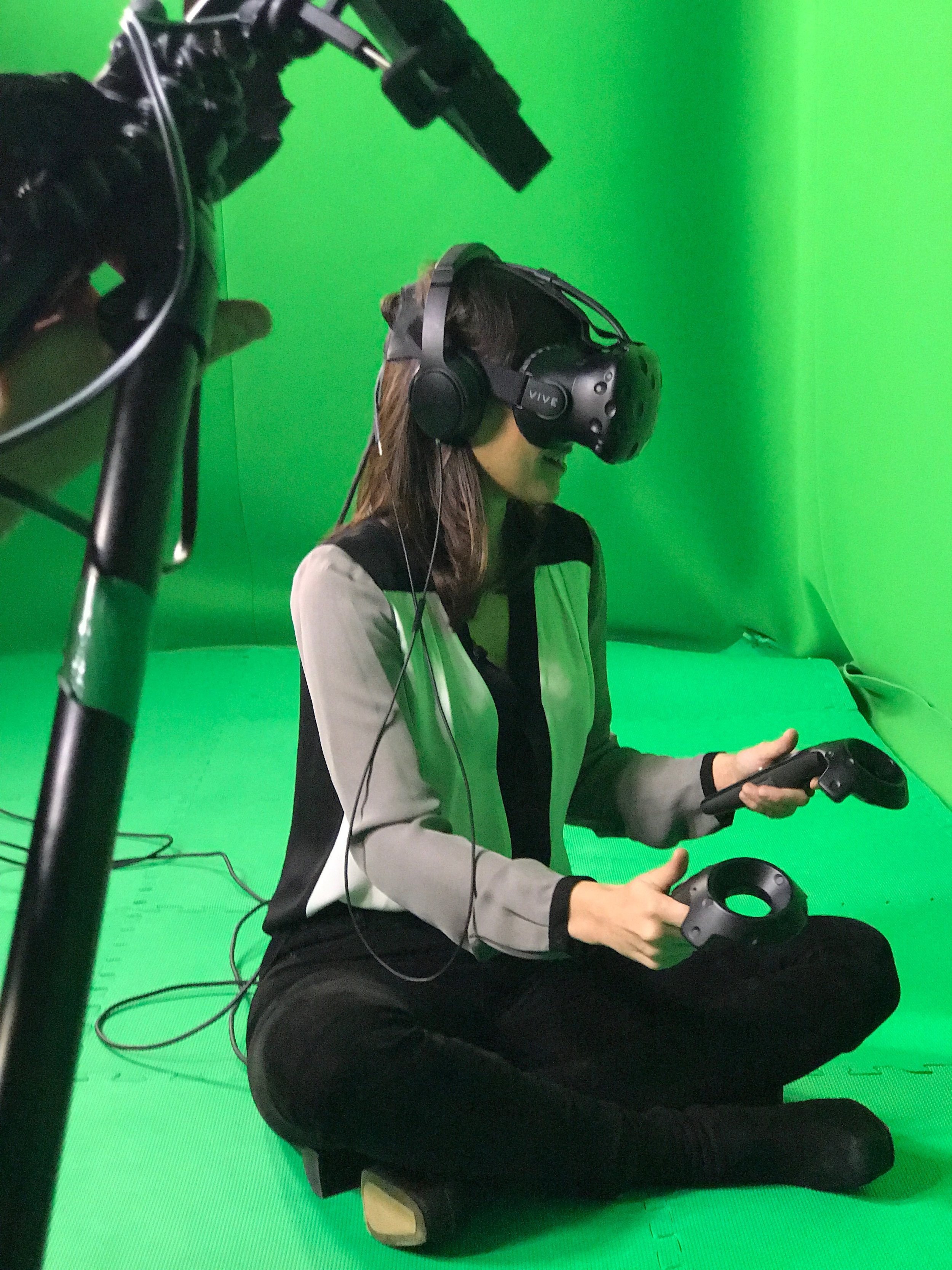 Host, Laurie Segall joins a group of online gamers in virtual reality.