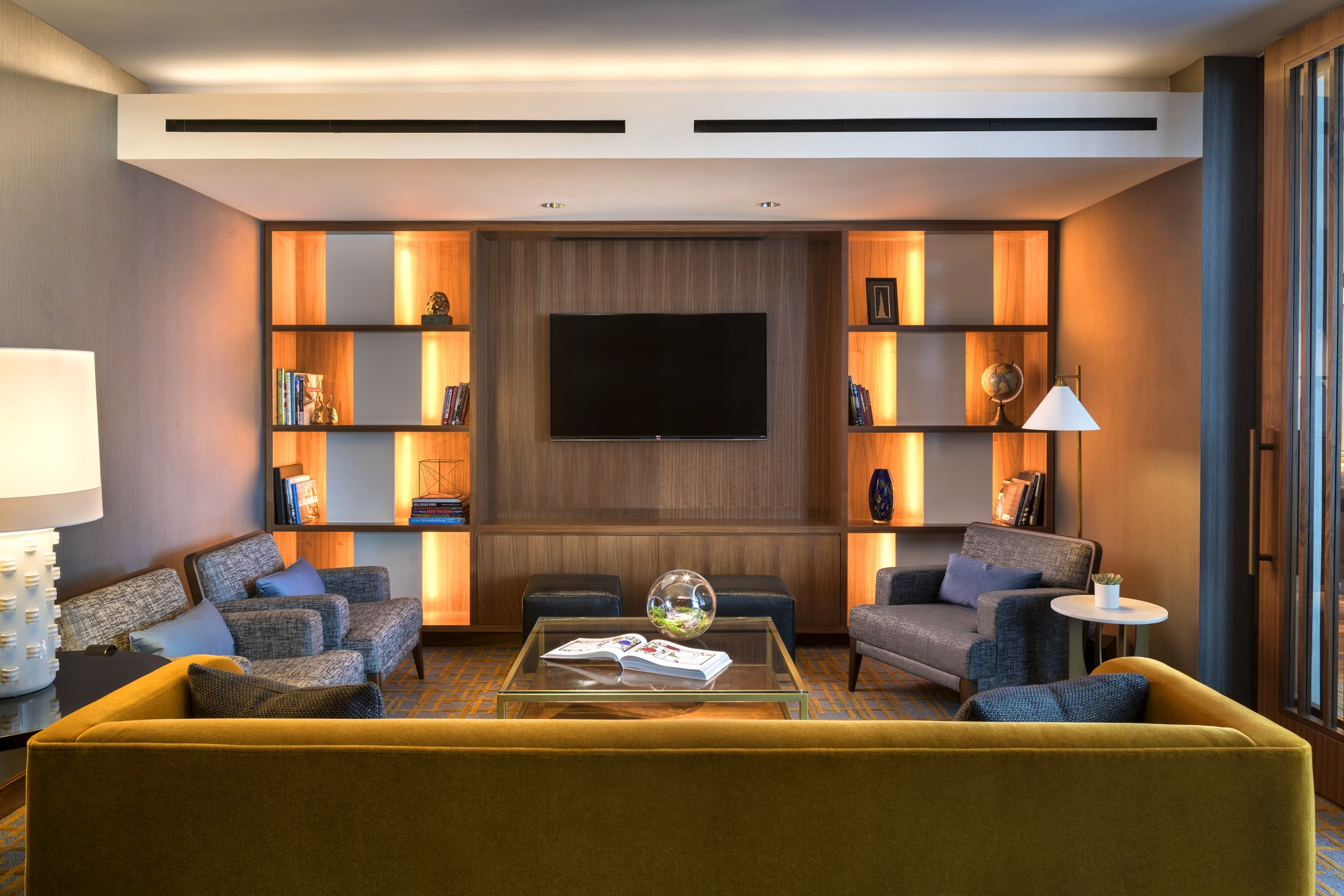 Club Lounge at The Ritz-Carlton in Chicago