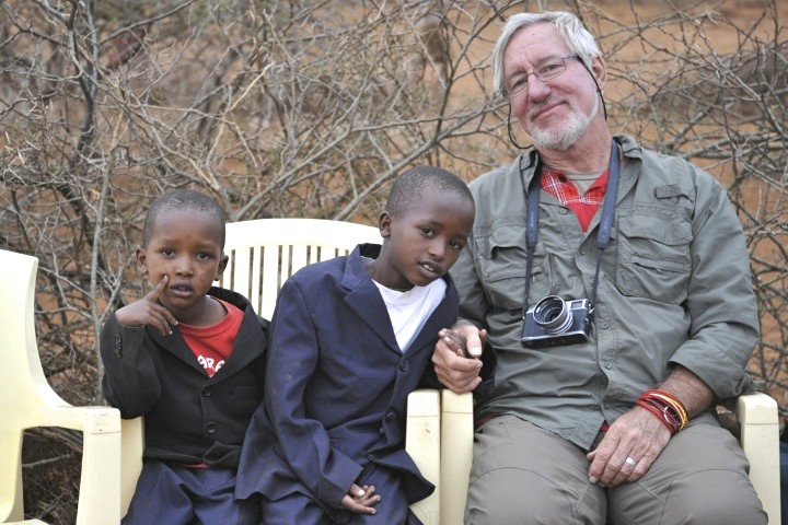 The photographer and his friends Lemaiyian and Luyiana near Loikotikok  |  2012  |  Photo by D. Avery