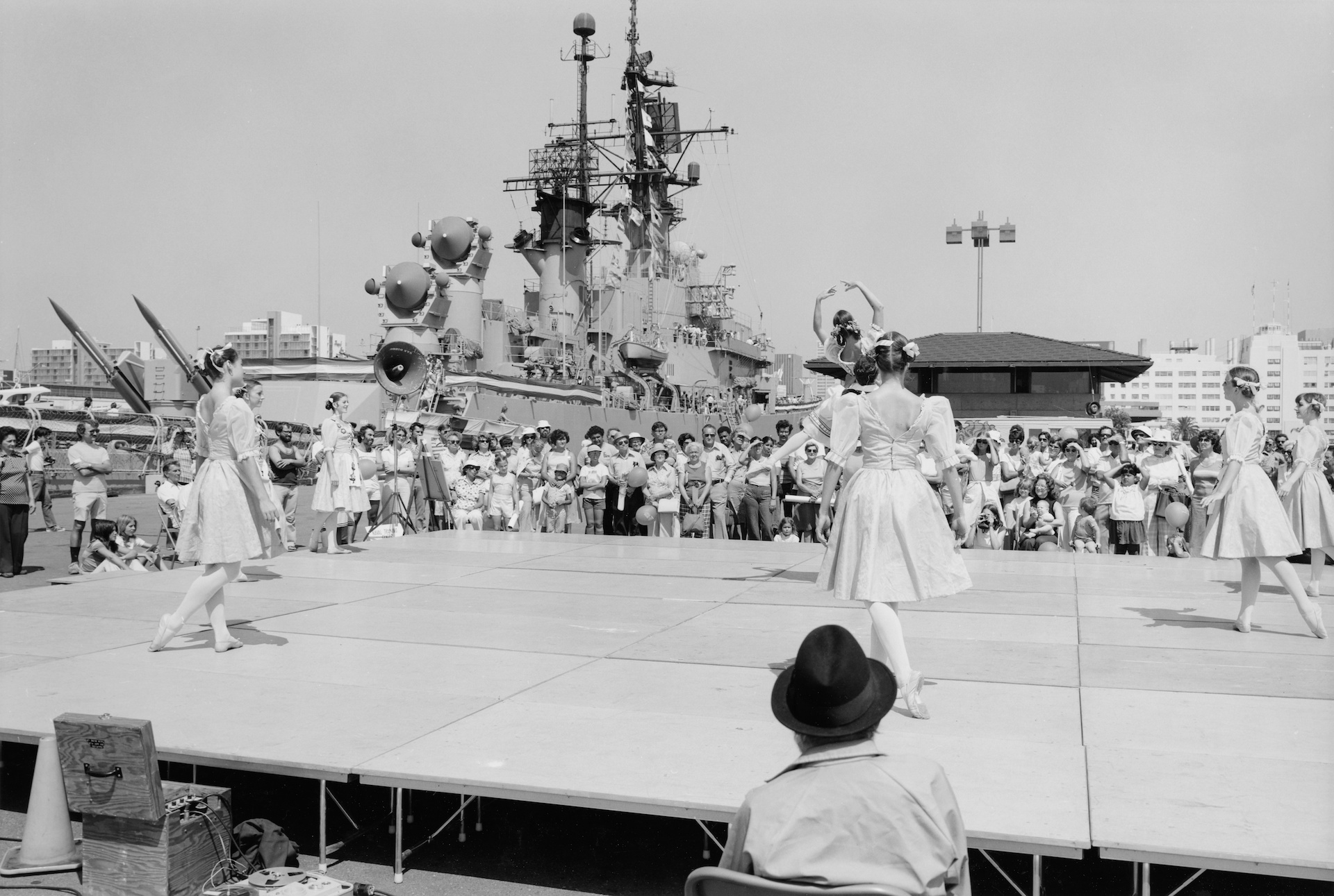 1977  |  Navy Day, Broadway Pier