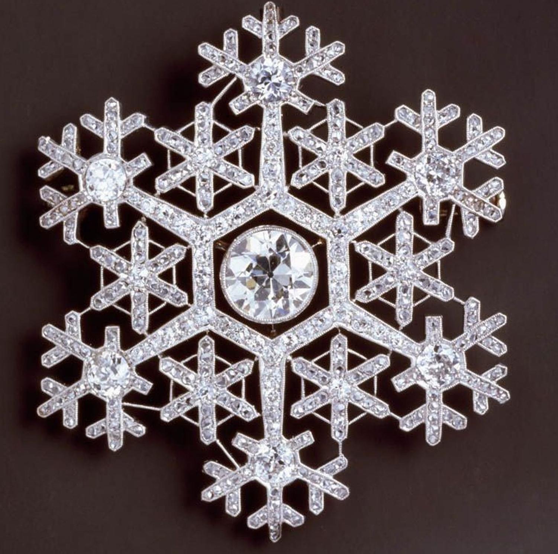 snowflake-brooch.jpg