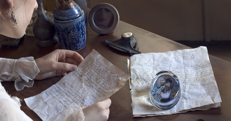 Click the image to see our 'Hand of Fate' paperweight Inspiration Board!
