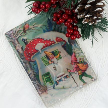 "Winter Elve's Mushroom Haus (3 X 5"")"