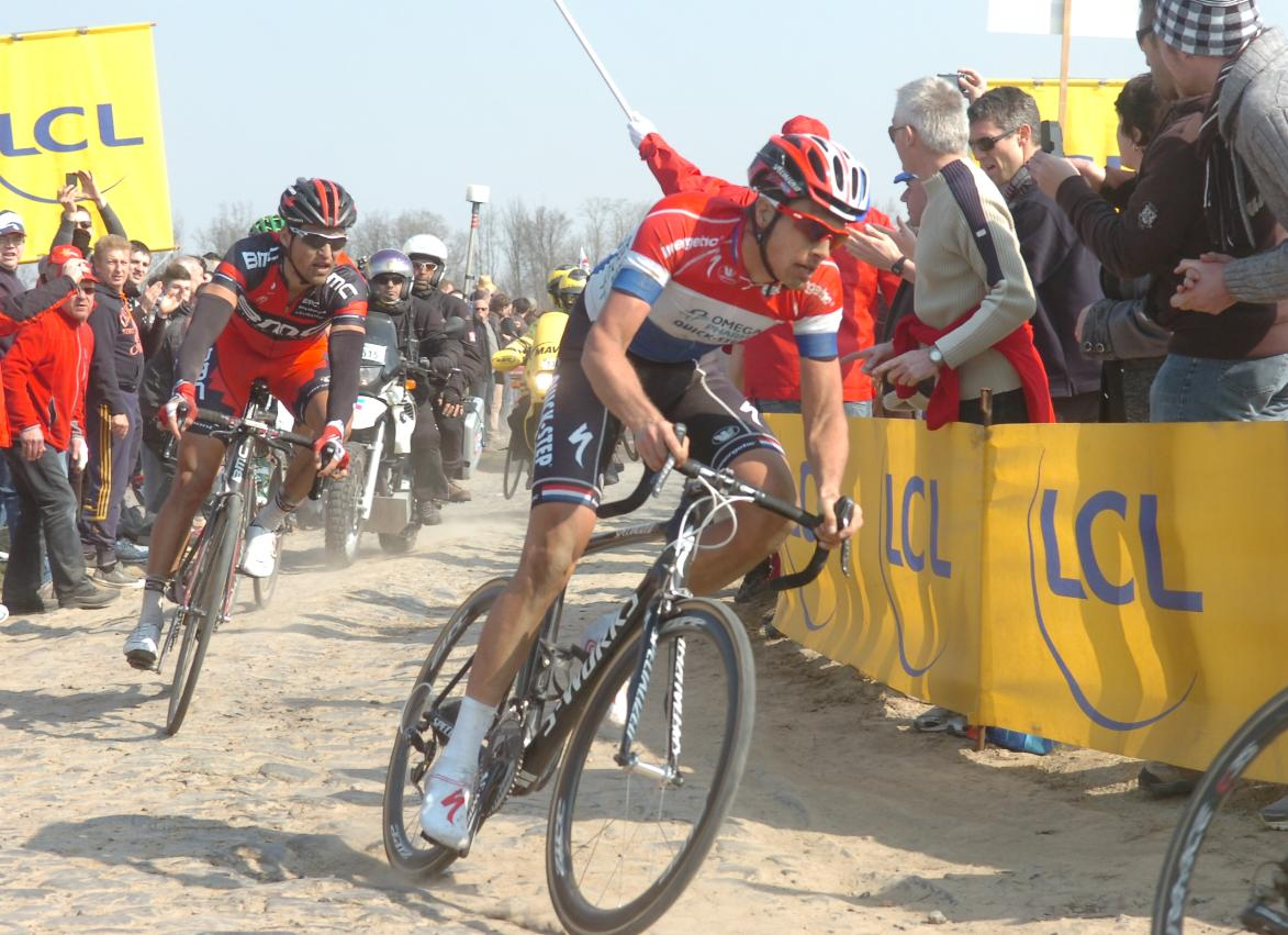 The cobbles of Paris Roubaix lead many riders to use 27mm tires
