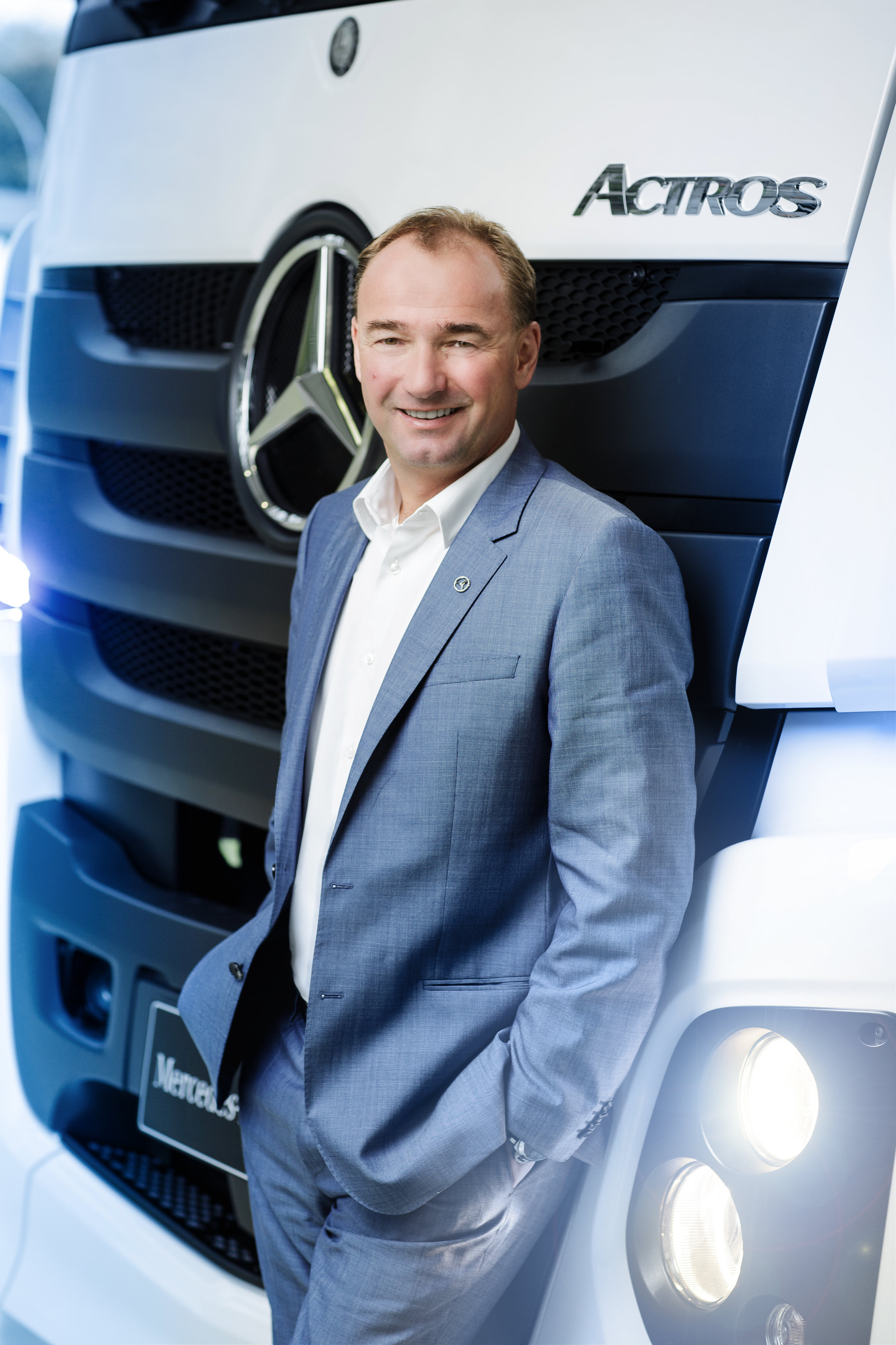 Philipp Schiemer - Mercedes Benz