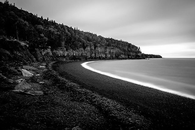 Bay of Fundy cliffs, Halls Harbour, Nova Scotia. #bayoffundy #hallsharbour #novascotia #longexposure #fujifilm #fujifilmxt1