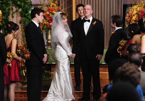 glee-2-8-wedding