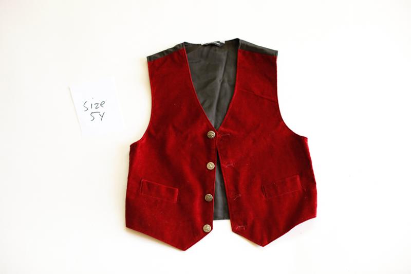 campbell-salgado-studio_props_el-corazon_boys-clothes_1-6.jpg