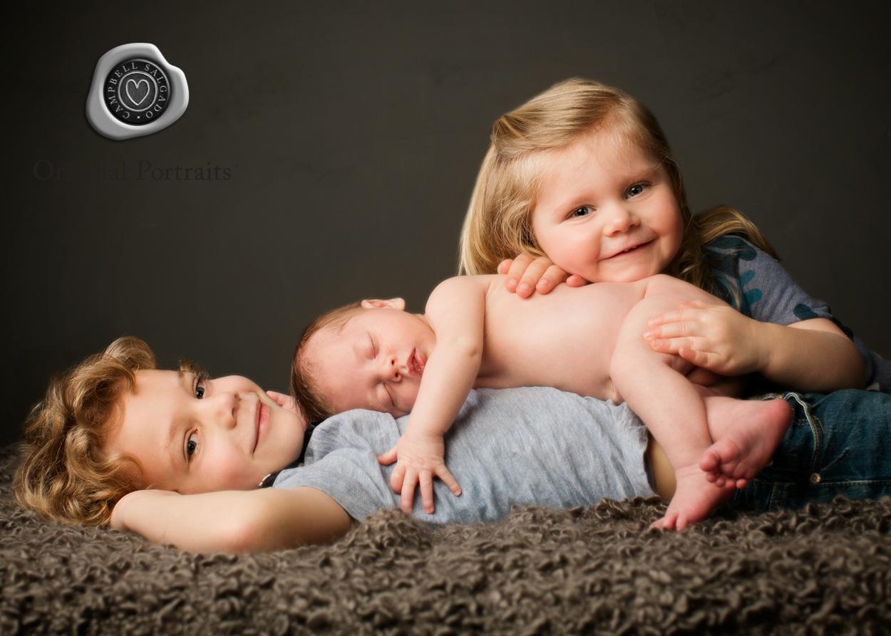 campbell-salgado_studio_newborn-baby-photographers-2.jpg