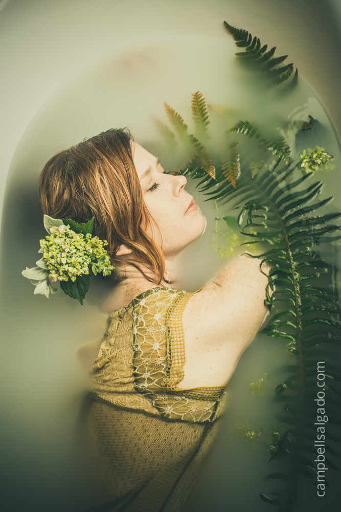 milk-bath-boudoir-photography_portland-oregon_photo-studio_kim-campbell-photographer-7.jpg