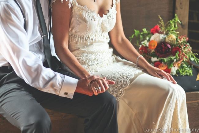 Roma Red Wedding Inspiration | Simply Jessica Marie Wedding Invitations | The Big Fake Wedding Nashville featured on Ruffled Blog | Laura Kay Photography