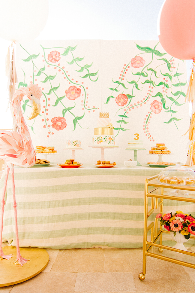 Flowery Flamingo Party | Invitations by Simply Jessica Marie | Event Design and Rentals by Love in Vintage | Pabelona Studio Photography | Featured on Style Me Pretty Living