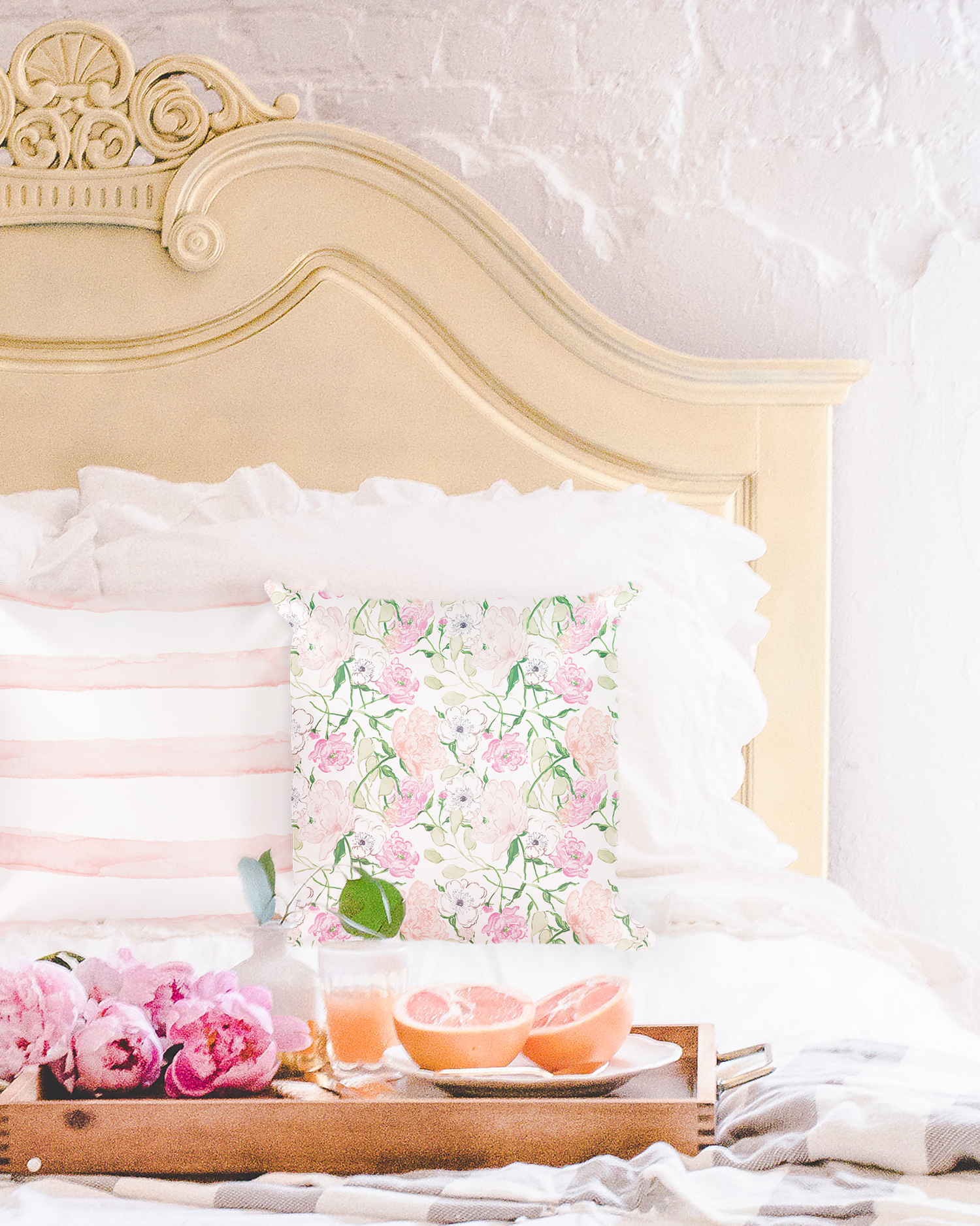 Watercolor-Floral-Pillow-by-Simply-Jessica-Marie.png