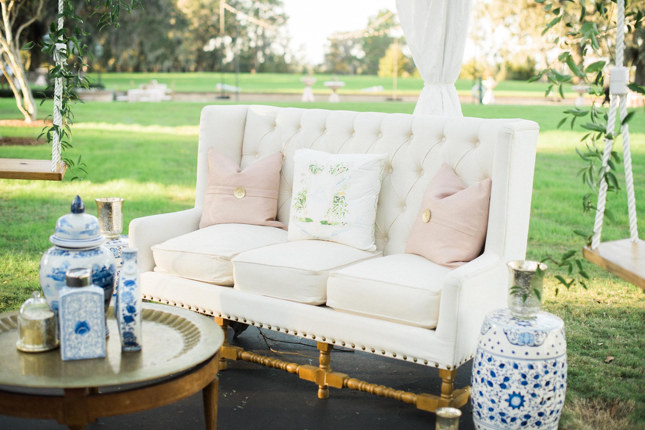 Custom Watercolor Wedding Crest Pillow by Simply Jessica Marie | Wedding Lounge Area | Savannah Wedding | Vitor Lindo Photography
