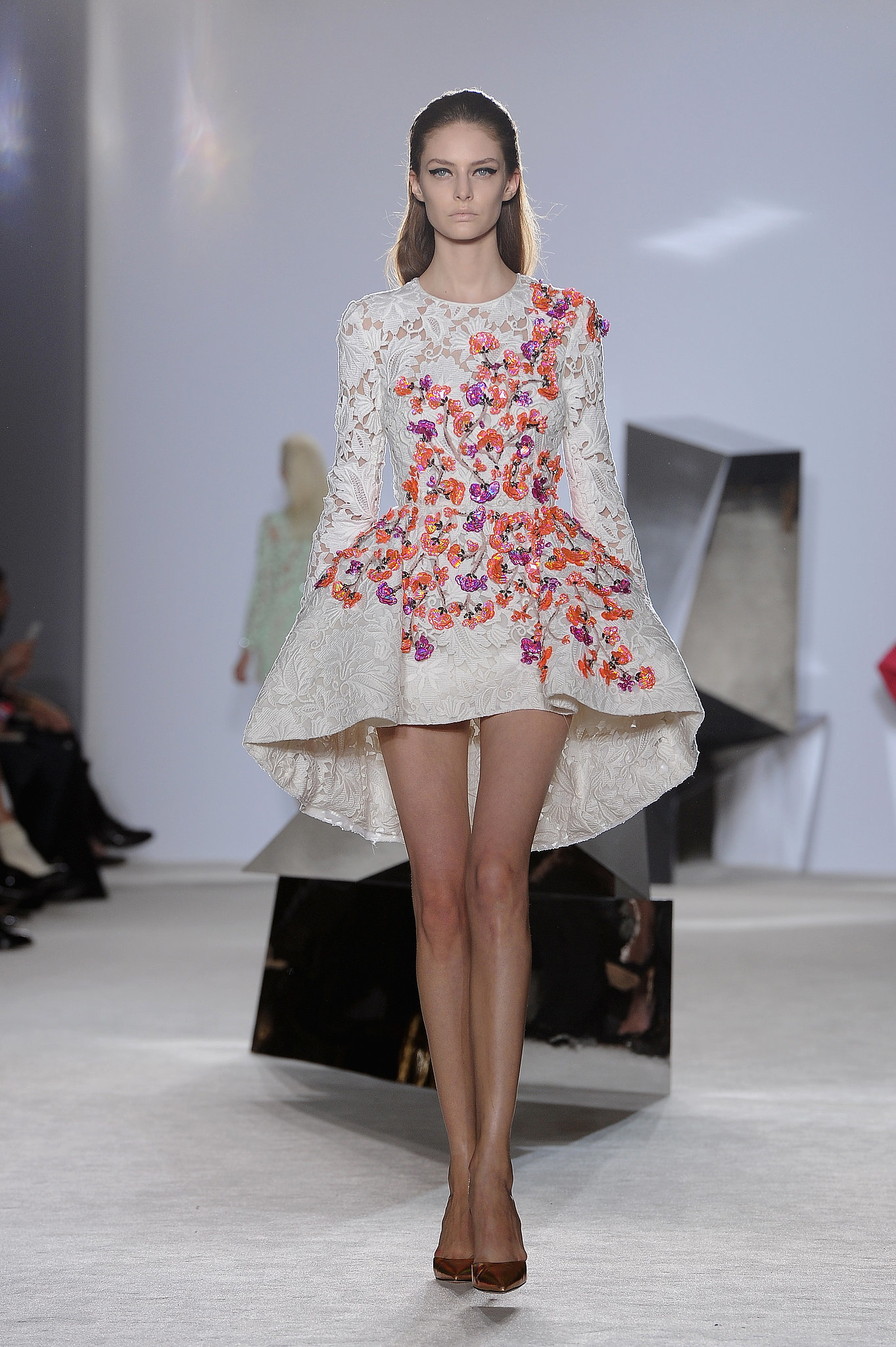 Giambattista-Valli-Haute-Couture-Spring-2014.jpg