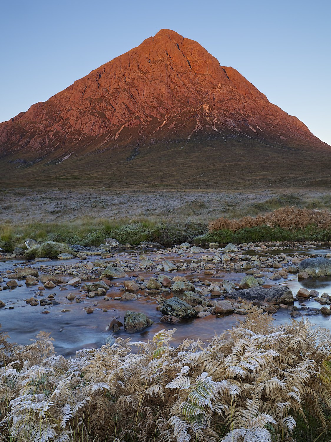 Buachaille Etive Mor glowing!