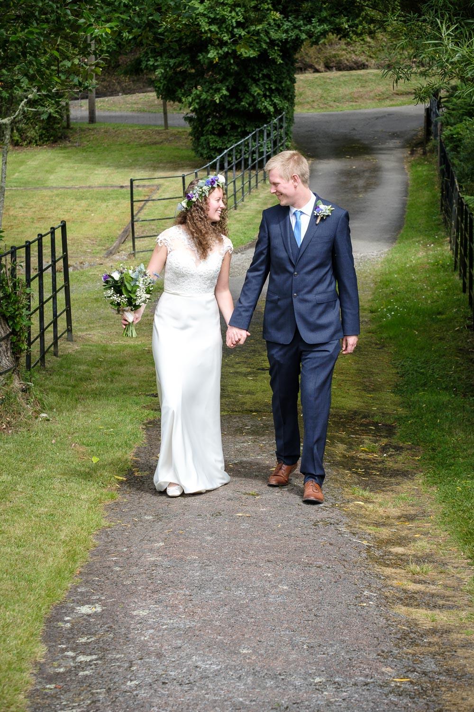 David and Hanna 02 Church-13.jpg