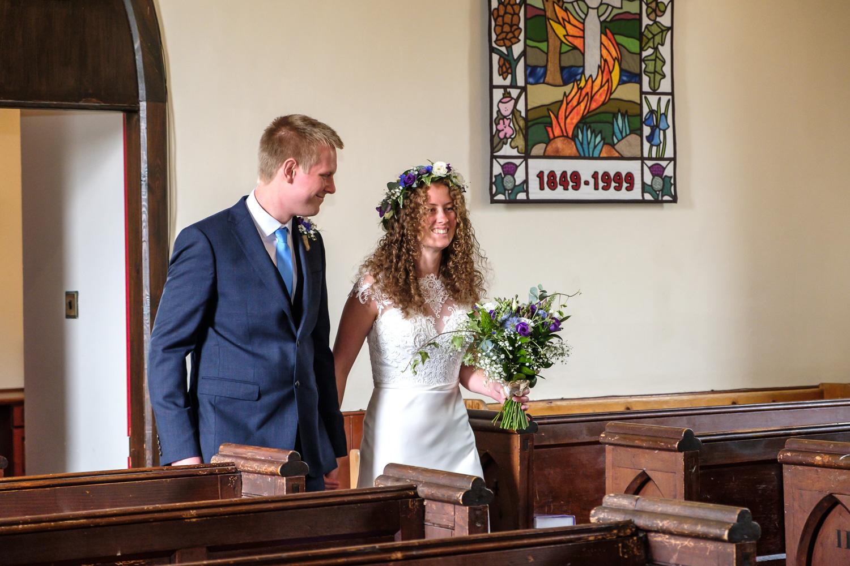 David and Hanna 02 Church-14.jpg
