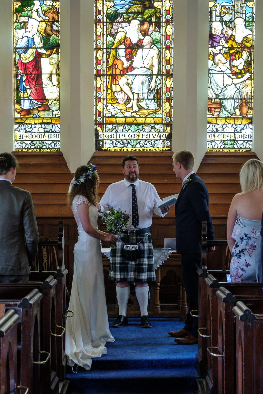 David and Hanna 02 Church-17.jpg