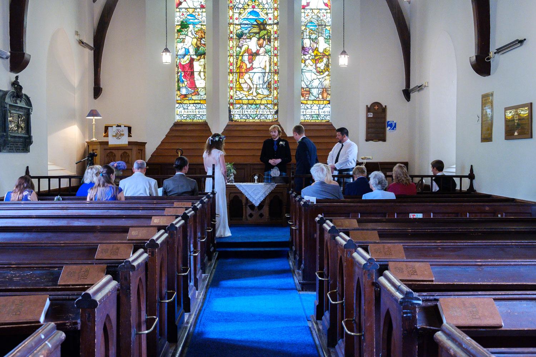 David and Hanna 02 Church-19.jpg