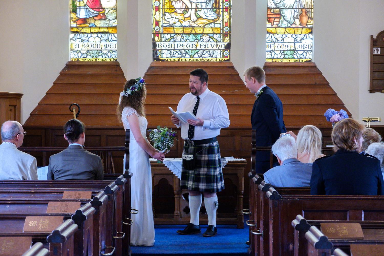 David and Hanna 02 Church-21.jpg