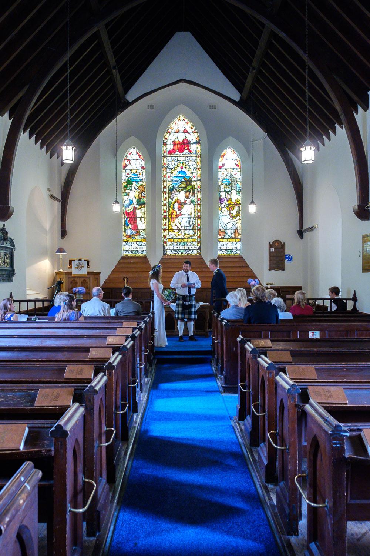 David and Hanna 02 Church-22.jpg