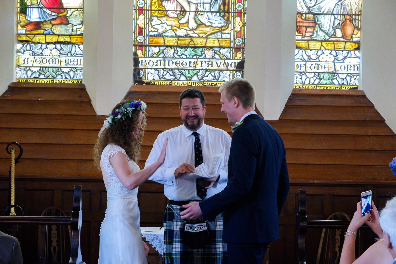 David and Hanna 02 Church-24.jpg