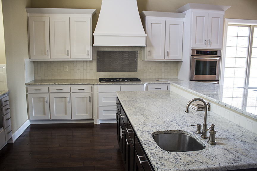 Kitchen Island (Click to enlarge)