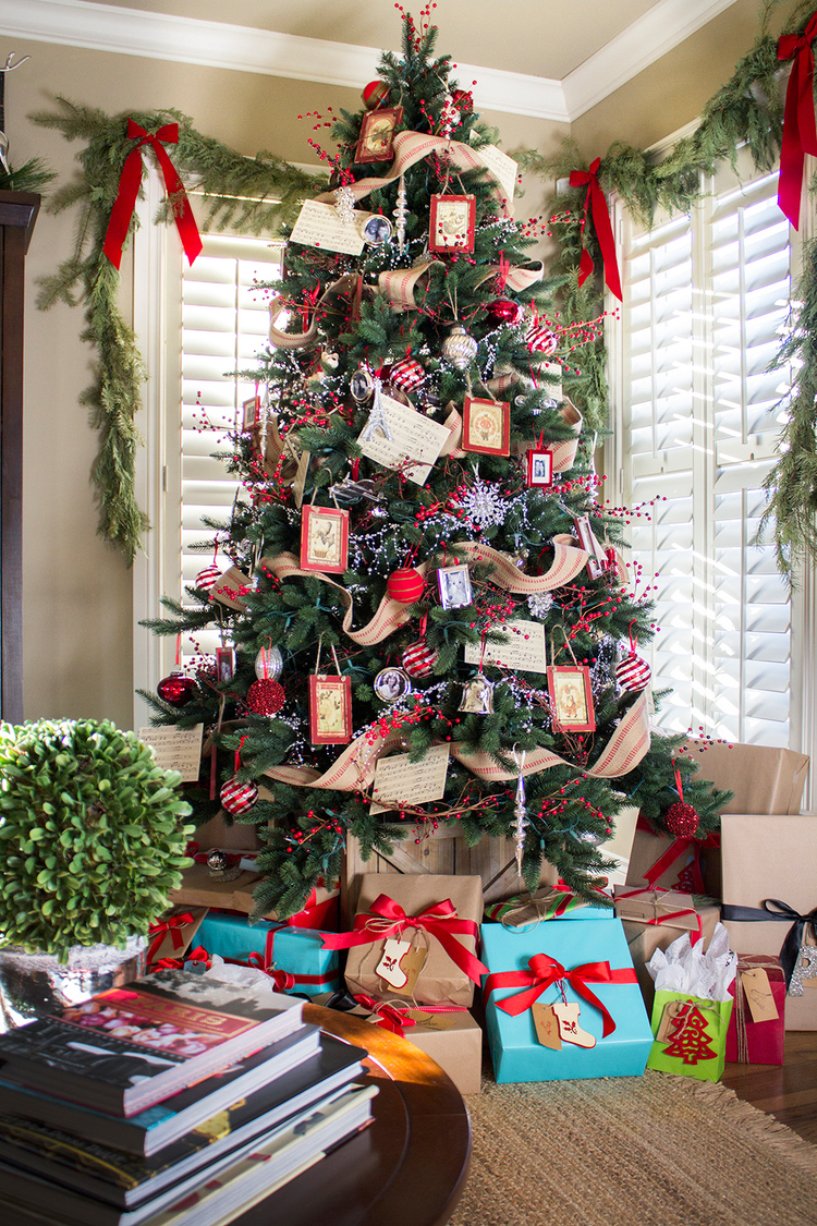 Red Christmas - The Stiers Aesthetic