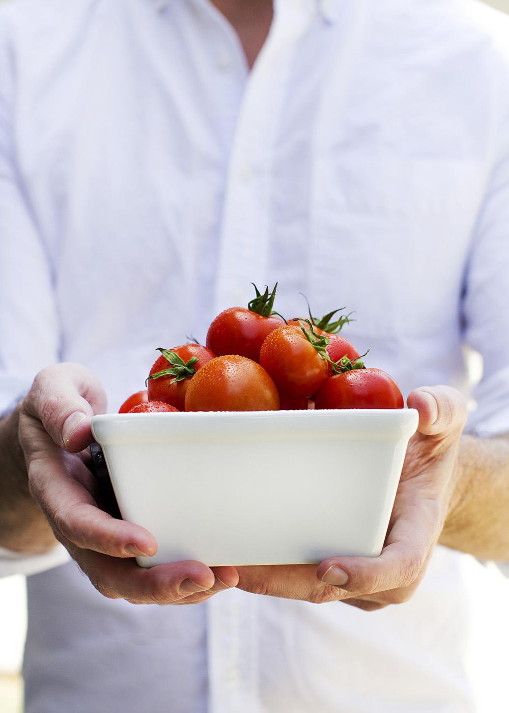 Garlic and Herb-Roasted Cherry Tomato Carbonara