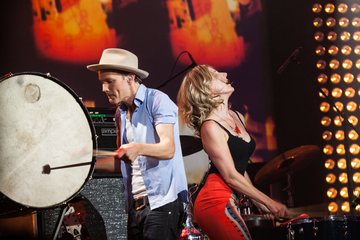 Whitehorse's Luke Doucet and Melissa McLelland (Photo: Connie Tsang)