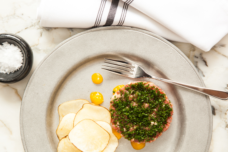 Beef Tartare, Drake One Fifty (Photo: Connie Tsang)