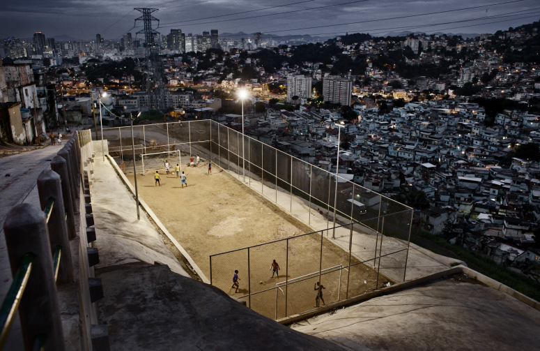 World Press Photo 2013,  Daily Life  , Honorable Mention:  FrederikBuyckx