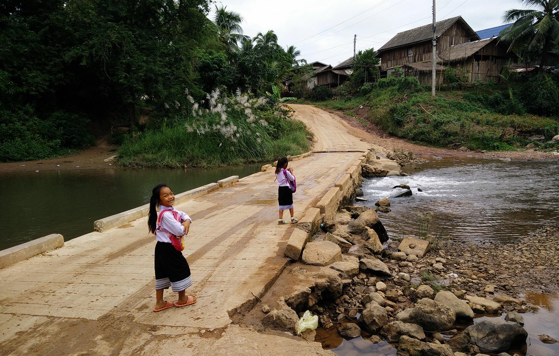 Laos - The Exploress