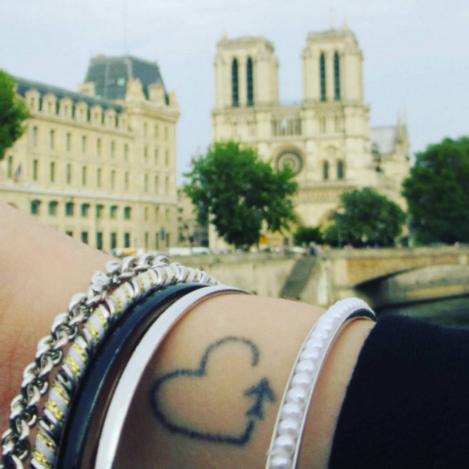 @travel_.pray_.love