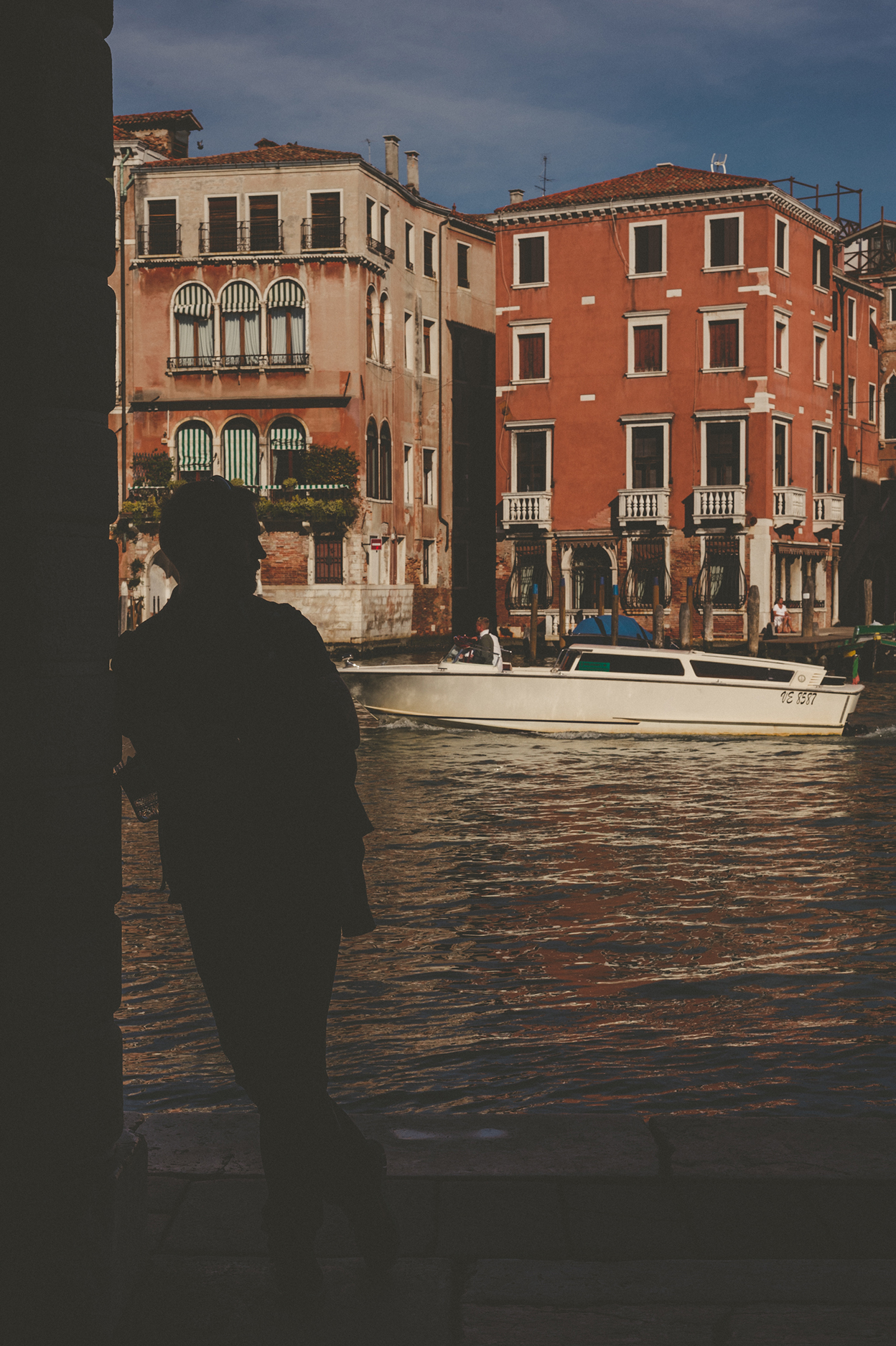 KC_Lifestyle_Photographer_OutdoorPhotography_Adventure_Photography_Venice_Italy26.jpg