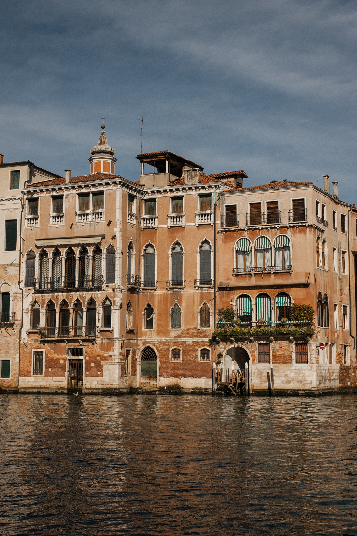 KC_Lifestyle_Photographer_OutdoorPhotography_Adventure_Photography_Venice_Italy25.jpg