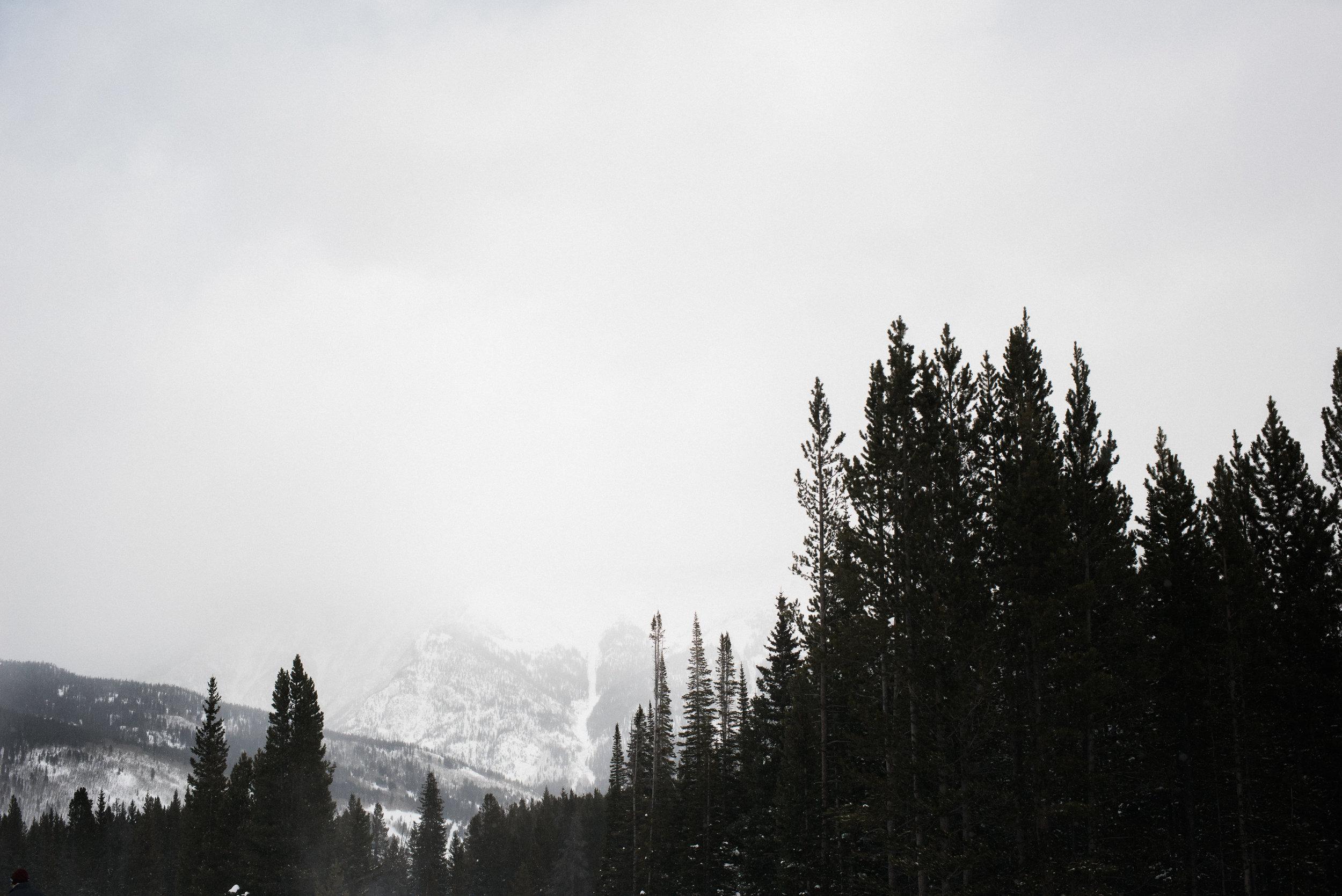 TaraShupe_Outdoor_Photographer_Loweprobags_Colorado_Copper_Mountains_Ski_28.jpg