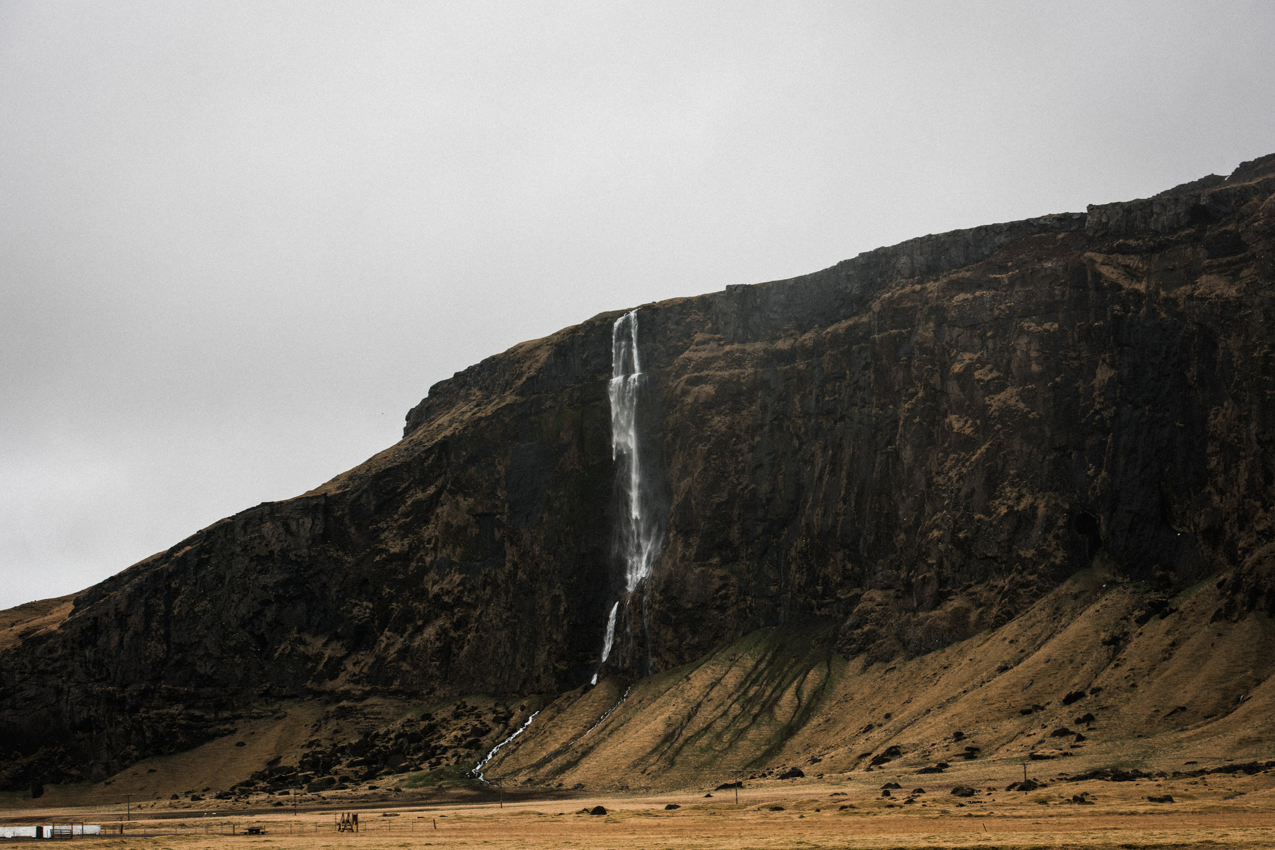 ICELAND_WOMAN_PHOTOGRAPHER_TARASHUPE_OUTDOOR_PHOTOGRAPHY_011.jpg