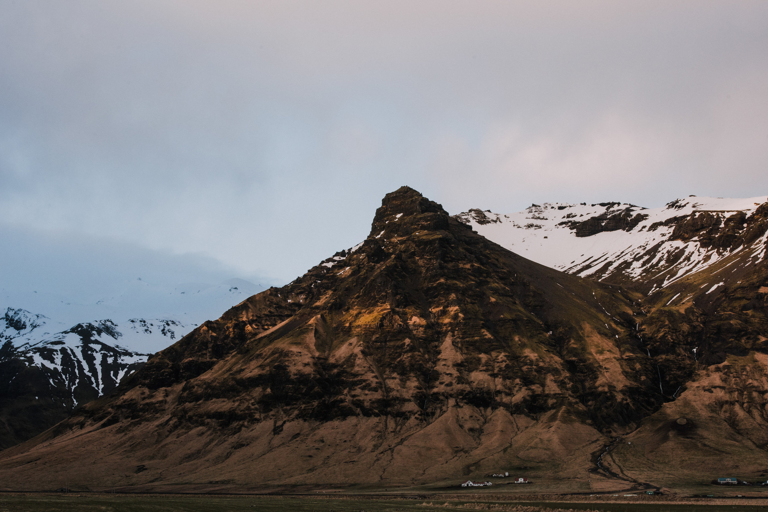 ICELAND_WOMAN_PHOTOGRAPHER_TARASHUPE_OUTDOOR_PHOTOGRAPHY_049.jpg