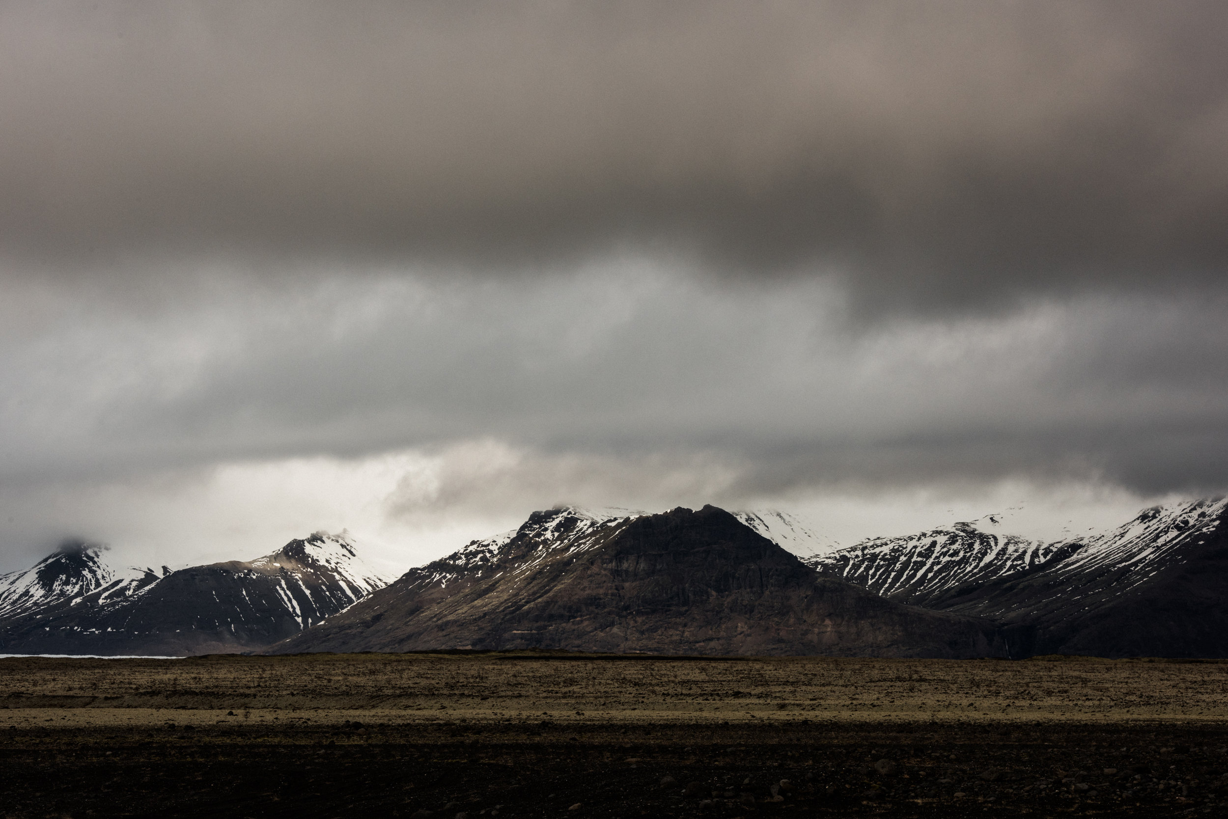 ICELAND_WOMAN_PHOTOGRAPHER_TARASHUPE_OUTDOOR_PHOTOGRAPHY_062.jpg
